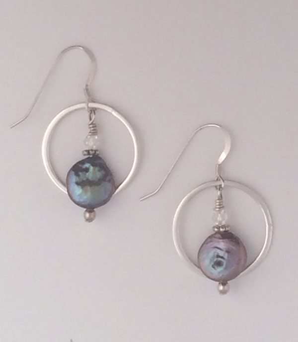 Sterling Silver Circle and Fresh Water pearl Earrings